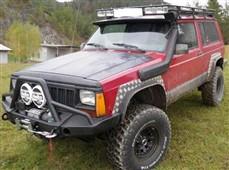 Přední pevnostní nárazník Jeep Cherokee XJ