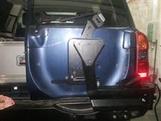 Držák rezervního kola pro pevnostní nárazník Nissan Patrol Y61