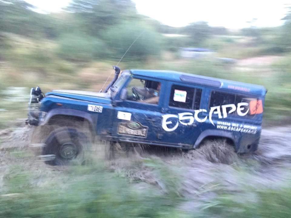 Nálepka Escape4x4.cz