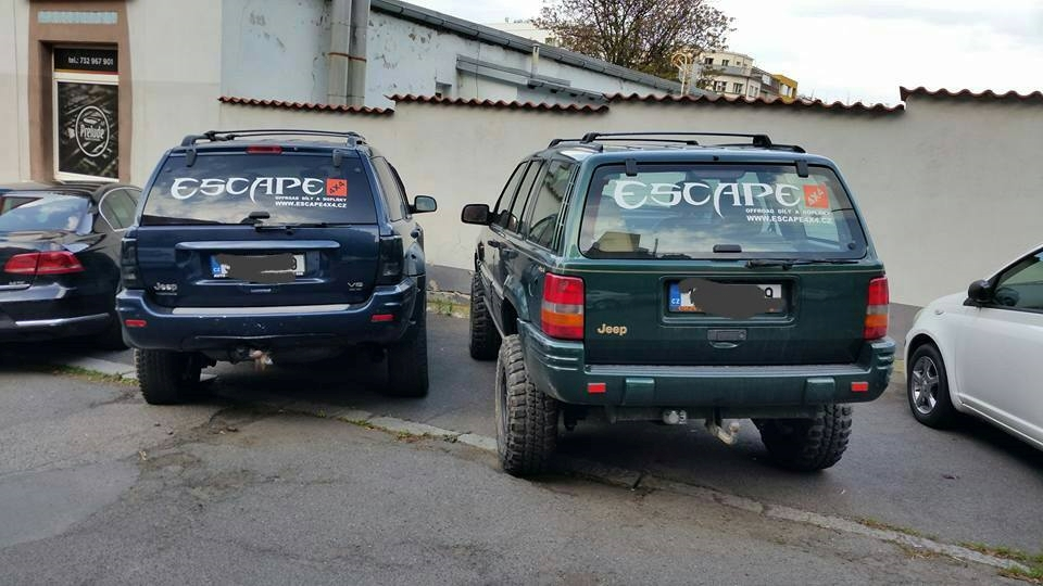 Escape 4x4 assholes